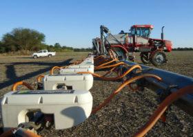 Chaco Santiagueño: los equipos de pulverizaciones selectivas ahora también se emplean para controlar insectos y fertilizar