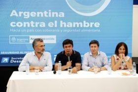 Argentina contra el hambre: las principales industrias lácteas argentinas prefieren no venderle leche en polvo al Estado