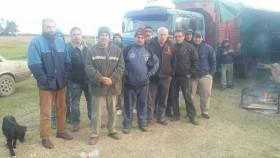 Vialidad comenzó a aplicar en plena cosecha gruesa una norma técnica que debió estar vigente quince años atrás: provocó un paro de transportistas en Quequén