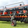 Se destruyó la exportación argentina de sembradoras por efecto del atraso cambiario: apenas se declararon envíos de once equipos