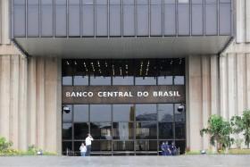 Para qué sirve la política monetaria: en lo que va del año la soja llegó a subir 15% en Brasil al tiempo que cayó casi un 25% en Argentina