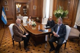 """Cristina Fernández de Kirchner recibió a representantes del Consejo Agroindustrial Argentino y los """"alentó a seguir trabajando y fortalecerlo"""""""