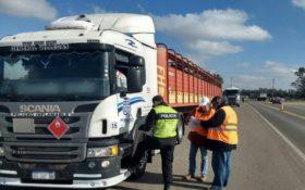 Transportistas de hacienda pueden lavar vehículos sin obligación de recurrir a lavaderos habilitados mientras dure la emergencia