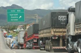 La devaluación salvó a los productores de soja de Mato Grosso: pero un reclamo de transportistas autoconvocados paralizó la comercialización de granos en Brasil