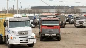 Retoman la medida de fuerza los transportistas autoconvocados del norte del país: pero la protesta no rige en el sur bonaerense