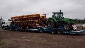 Habilitaron la posibilidad de transportar hasta dos unidades de maquinaria agrícola en carretones