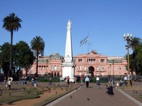 El subdesarrollo argentino habita en el pensamiento primario de sus líderes políticos