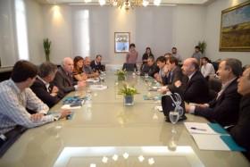 En lo que va de mayo Casamiquela entregó más de 35 M/$ a intendentes kirchneristas: no hubo aportes para municipios gobernados por la oposición