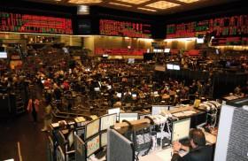 Cuidado con los fuegos de artificio: los operadores especulativos siguen apostando a un mercado bajista