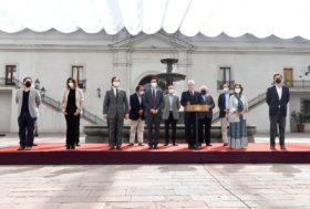 """Ya está disponible en Chile el salvataje de 24.000 M/u$s para el sector privado: """"El Estado ha asumido un rol de protección"""""""