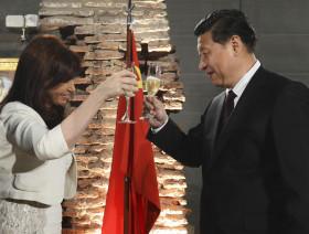 Argentina salva el año cambiario gracias el préstamo chino disfrazado de swap: pero a un costo carísimo