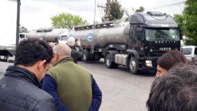 Clearing lechero: tamberos piden al gobierno que transparente las operaciones para evitar situaciones que atenten contra la libre competencia