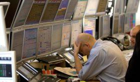 El FMI advierte que existen muchos factores de riesgo que podrían desatar una nueva crisis económica global
