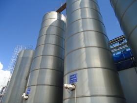El precio de exportación de la leche entera en polvo argentina cayó un 42% en el último año: casi el doble que la baja registrada por la soja