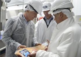 Un frigorífico de Azul fue dado de baja por el servicio sanitario chileno un día después de la visita de Macri
