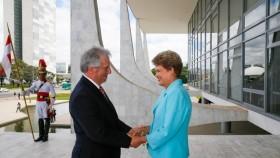 Vergüenza: Dilma Rousseff y Tabaré Vázquez acordaron excluir a la Argentina de las negociaciones comerciales con la Unión Europea