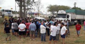 Transportistas autoconvocados vuelven a movilizarse con el propósito de instrumentar una protesta de alcance nacional