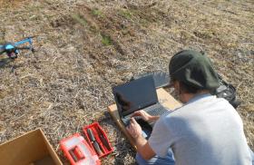 En la Argentina ya existen más de 580 drones habilitados para operar: muchos se emplean en el ámbito agropecuario