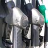A partir de abril habrá un mayor aporte del campo al llenar un tanque de nafta: el lobby azucarero logró avanzar sobre el etanol maicero