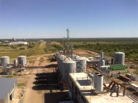 Mucho peor que con Cristina: empresas elaboradoras de etanol maicero deben vender dos veces más biocombustible que un año atrás para comprar la misma cantidad del cereal