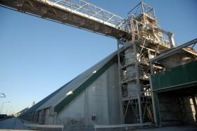 El último vestigio del viento de cola internacional: sigue bajando el precio de importación de los fertilizantes fosfatados