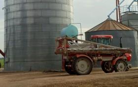 """Agroquímicos: un problema generado por la """"invasión de los pueblos hacia los campos"""" que se soluciona con una mayor profesionalización"""
