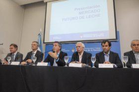 El nuevo contrato futuro de leche cruda comenzará a operar el 15 de diciembre tanto en pesos como en dólares