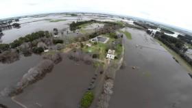Por cada tres pesos del Fondo de Infraestructura Hídrica destinado a las represas Kirchner-Cepernic apenas se asignó uno al Plan Federal de Control de Inundaciones
