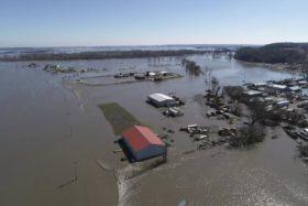 Siguen subiendo los precios de los granos gruesos ante la perspectiva de un desastre climático en EE.UU.