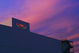 Acción de JBS subió más de 45% en el último año: la compañía brasileña compró otra empresa australiana por 1250 M/u$s