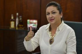 Kátia Abreu se mofa de sus vecinos: en lo que va del año la soja subió 31% en Brasil al tiempo que cayó 16% en Argentina