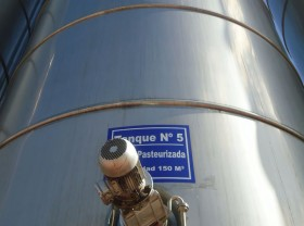Argentina contra el Hambre: la mayor parte de una licitación pública de leche en polvo quedó desierta