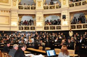 Conózcalos: la lista completa de los diputados opositores que avalaron el revalúo inmobiliario de Scioli