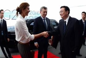 El reino del revés: Argentina regaló a China casi 3500 M/u$s en lo que va del año gracias a la política económica proteccionista