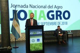 """Macri: """"Esta vez han sido todos los sectores a los cuales les hemos pedido este último esfuerzo temporal de un impuesto que es malísimo y perverso"""""""