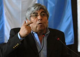 Moyano propuso a la Comisión de Enlace realizar un paro nacional conjunto de trabajadores y productores