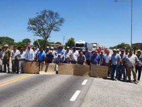 Finalizó el primer día del paro comercial agropecuario en el norte argentino con concentraciones de productores en dos localidades