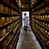 El stock de quesos duros se redujo a un mínimo histórico: los precios ya están para guardar el producto en cajas fuertes