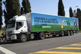 Más soja que petróleo en el tanque: los camiones que distribuyen la cerveza Quilmes comenzaron a usar un corte de 60% de biodiesel