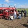 Cristina lo hizo: el año pasado se vendieron en el mercado argentino 2230 sembradoras menos que en 2002