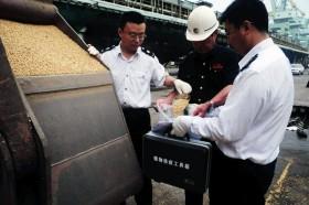 """Una receta argentina de exportación: China aplicará """"retenciones"""" a la soja estadounidense"""