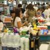 """Sálvese quién pueda: más empresas lácteas se suman a la """"guerra de góndolas"""" para liquidar excedentes de quesos"""