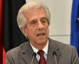 """Tabaré Vázquez dio cátedra: sin Tratados de Libre Comercio """"no habrá mejores puestos de trabajo y no disminuirá la pobreza"""""""