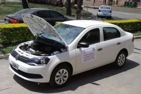 Quieren replicar en la Argentina la experiencia brasileña: comienza a funcionar taxi con motor flex-fuel que empleará un corte con etanol de hasta el 25%
