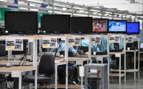 Para algunos afortunados sí existe la ayuda estatal: subsidiar a la industria ensambladora fueguina cuesta 173.000 pesos mensuales por trabajador