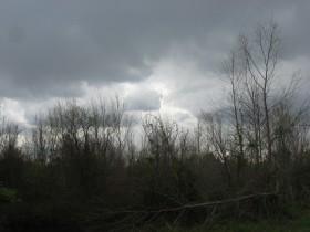 El sábado un frente frío avanzará sobre el centro del país para ocasionar algunas lluvias puntuales