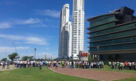 Guardati Torti acumula ya cheques rechazados por casi 35 M/$: asegura que venderá su oficina en la Torre Nordlink