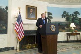 Trump amenaza con aplicar otra barrera arancelaria contra China: se viene un nuevo desacople de los precios de la soja estadounidense