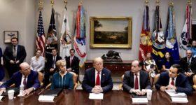 """Nuevo capítulo de la """"guerra comercial"""": China asegura que aplicará represalias contra la nueva barrera proteccionista de Trump"""