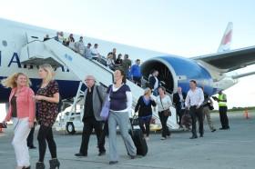 El segundo semestre comenzó con un déficit turístico de 678 M/u$s: equivale a un 29% de las divisas generadas por el agro argentino